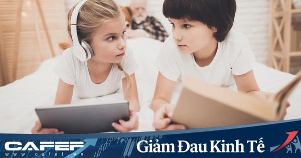 Nhìn bức ảnh khác biệt ''một trời một vực'' giữa não bộ của trẻ đọc sách và xem điện thoại, cha mẹ sẽ biết mình nên làm gì với con trong những ngày nghỉ học vì Covid-19