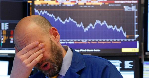 """Giá dầu tiếp tục lao dốc """"không phanh"""", Dow Jones mất hơn 1.200 điểm sau 2 phiên giảm liên tiếp"""