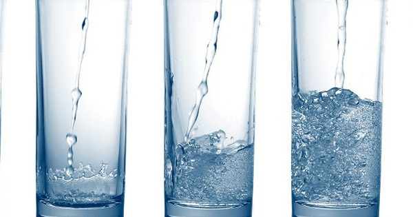 Uống bao nhiêu nước mỗi ngày là đủ cho một cơ thể khỏe mạnh? Lời giải đáp của các chuyên gia thực sự hữu ích trong những ngày hè nóng ''bỏng rát''