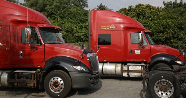 TCH: Doanh số xe đầu kéo Mỹ tăng vọt khi doanh nghiệp logistics đón đầu xu thế chuyển dịch dòng vốn đầu tư
