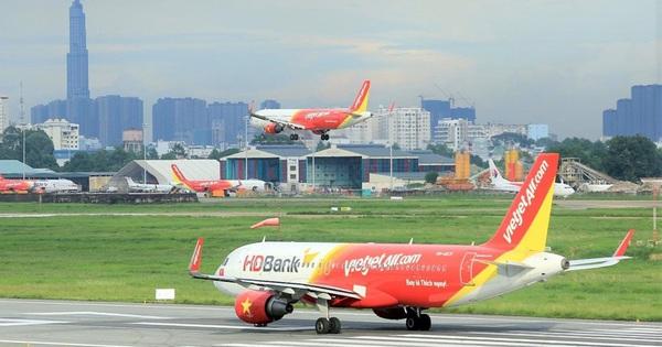 Đưa hơn 240 công dân Việt Nam Nam từ Singapore về nước