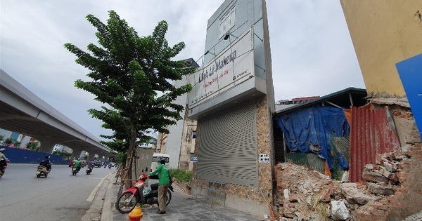 Nhà siêu mỏng, siêu méo tái xuất ở Hà Nội