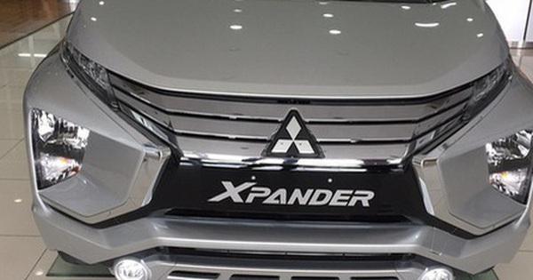 Xe ''nội'' giảm 50% phí trước bạ, xe nhập khẩu giảm mạnh trong tháng 6