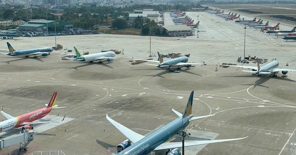 ACV lên tiếng về các hãng hàng không ''kêu'' phí sân bay quá cao