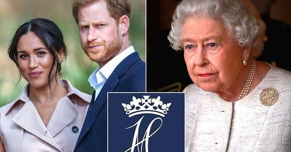 Vợ chồng Meghan Markle chính thức lên tiếng về ''lệnh cấm'' của Nữ hoàng Anh, không cho sử dụng thương hiệu Sussex Royal
