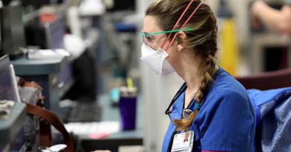 Các y tá Mỹ không được xét nghiệm có thể trở thành nguồn lây Covid-19