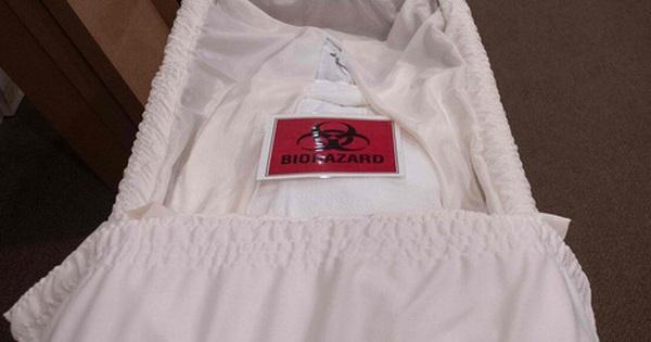 COVID-19: Nhà tang lễ New York hỗn loạn, nhân viên không thể ngủ ngon vì những
