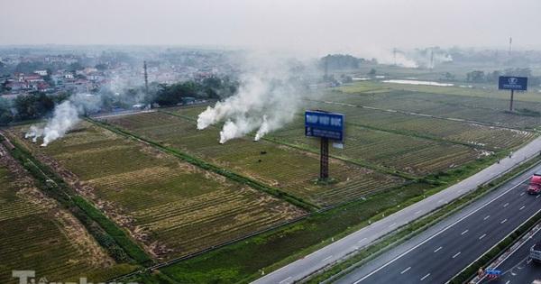Mù mịt khói ''bủa vây'' đường cao tốc Hà Nội - Ninh Bình