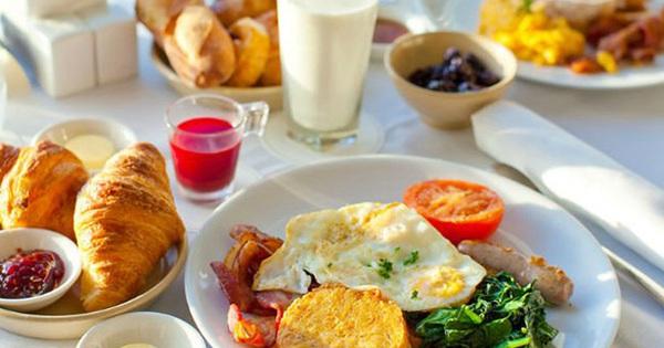 ''Ăn sáng cho đàng hoàng'' là ước mơ cao cấp và xa xỉ nhất của người trưởng thành