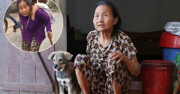 Gặp cụ bà lưng còng ''cõng'' bao quần áo, mì tôm ủng hộ người dân miền Trung: ''Hơn 200.000 đồng/tháng tôi vẫn đủ ăn tiêu xả láng, của ít lòng nhiều, giúp được phần nào đỡ phần đó''