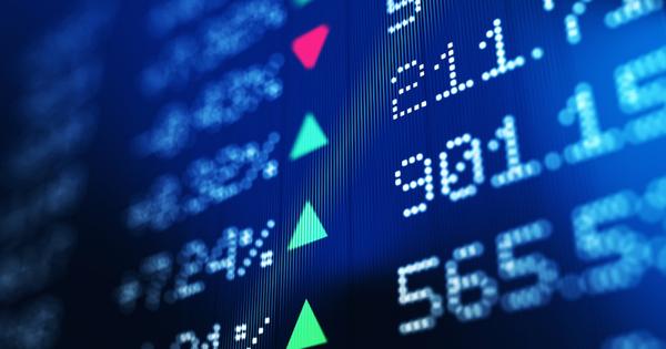 """Các công ty Trung Quốc ráo riết IPO, huy động vốn """"càng nhiều càng tốt"""" trước khi chính thức bị Mỹ hủy niêm yết"""