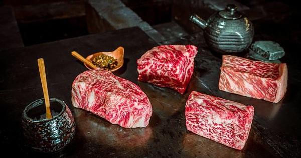 Từ món thịt bình dân của Nhật Bản, bò Wagyu đã trở thành loại thịt đắt đỏ ngang ngửa siêu xe như thế nào?
