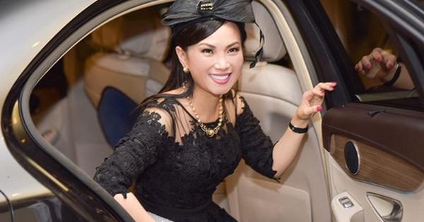Lấy chồng tỷ phú từng khiến Donald Trump ''sôi máu'', trở thành ''người Việt giàu nhất thế giới'', cuộc sống của Hà Phương - em gái Cẩm Ly, bây giờ ra sao?