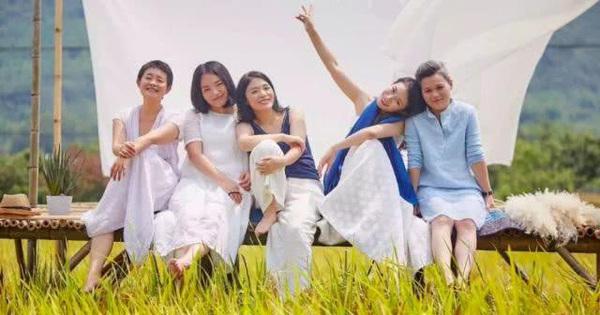 7 cô bạn thân ''rủ nhau'' xây biệt thự 700 m2 ở ngoại ô thanh bình, cùng nhau già đi, cùng nhau ''dưỡng lão''
