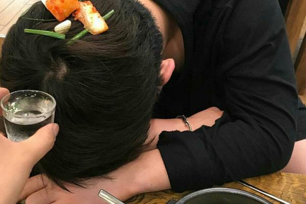 3 thói quen ăn uống không tốt nhưng vô cùng quen thuộc có thể ảnh hưởng đến tuổi thọ của bạn, nếu mắc phải cần sửa càng sớm càng tốt