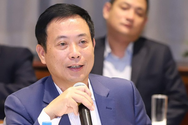 Chủ tịch Uỷ ban Chứng khoán: Tỷ trọng tiền mặt khối ngoại vẫn ở mức cao