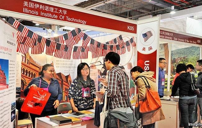 Trung Quốc vẫn ồ ạt di cư dù đã là Quốc gia giàu có vì sao ?