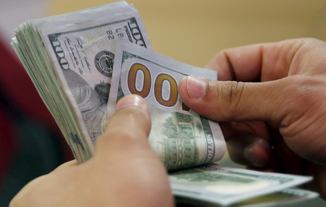 Vì sao Ngân hàng Nhà nước hạ lãi suất USD xuống 0%?