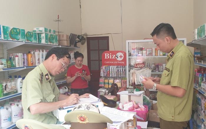 Phát hiện hàng trăm sản phẩm mỹ phẩm nhập lậu tại Lạng Sơn