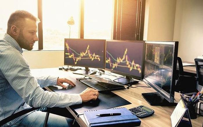 Khối ngoại trên HoSE bán ròng 5 tuần liên tiếp với tổng cộng 8.500 tỷ đồng