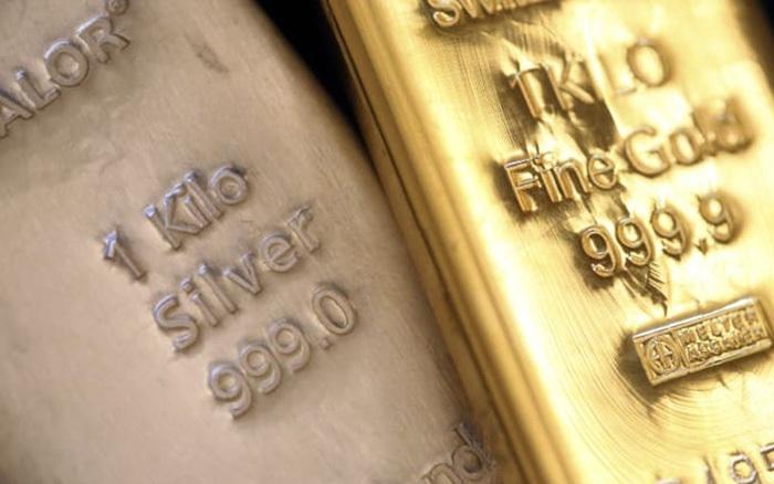 Các chuyên gia dự đoán giá bạc sẽ 'vượt mặt' giá vàng