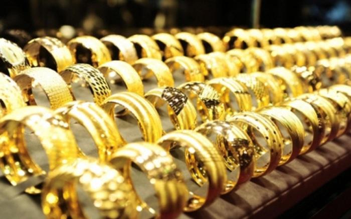 Vàng lao dốc vì bị bán tháo - giá vàng