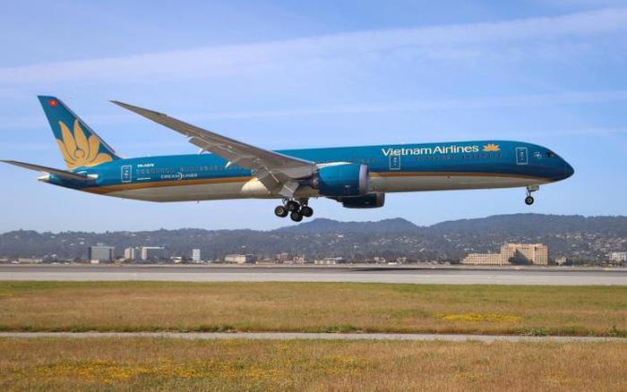 Tạo tài khoản Bông Sen Vàng ảo, gây thiệt hại cho Vietnam Airlines hơn 16 tỉ đồng