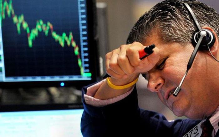 """Phiên 3/3: Khối ngoại tiếp tục bán ròng gần 500 tỷ đồng, tập trung """"xả"""" Bluechips"""