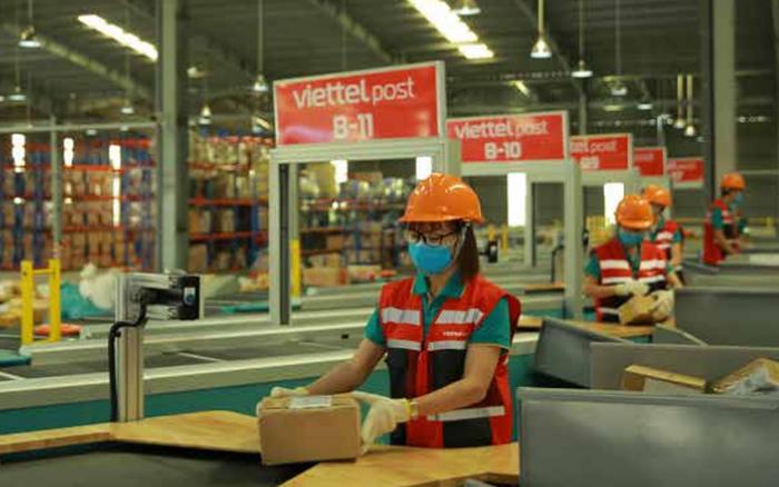 Thu trung bình 58 tỷ đồng/ngày, Viettel Post báo lãi 6 tháng tăng 10% cùng kỳ, triển khai mở mới hàng nghìn