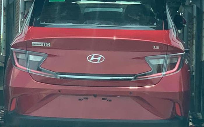 Hyundai Grand i10 2021 vận chuyển về đại lý - Đối thủ đe dọa 'vua phân khúc' VinFast Fadil